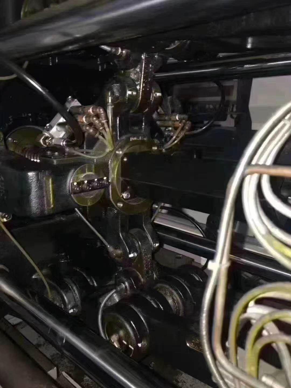日本日精30T全自动注塑机